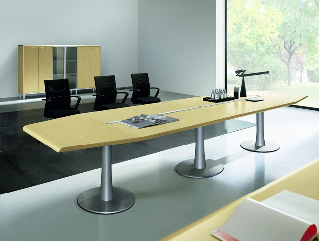 Mobili Per Ufficio Quadrifoglio : Riunione quadrifoglio arredo ufficio tavoli riunione
